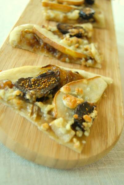 pear-and-blue-cheese-tart-nzn_0166-001
